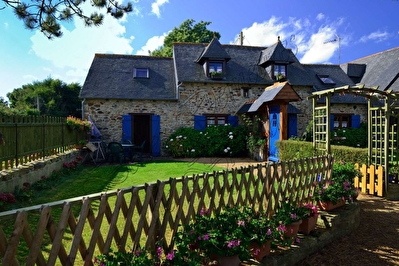 TEXT_PHOTO 1 - A vendre Ensemble de 6 cottages à quelques km de la côte Bretagne