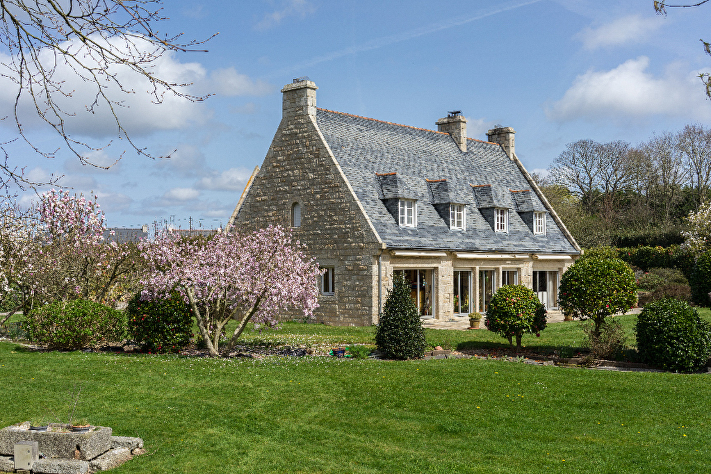 Immobilier 29 a vendre vente acheter ach maison 29 29150 15 pi ce s 300 m2 belles for Immo belles demeures