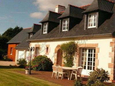 Immobilier cote de granit rose a vendre vente for Maison cote d armor bord de mer