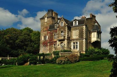 manoir a restaurer finistere