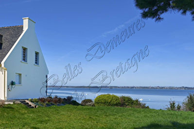 TEXT_PHOTO 1 - A breathtaking sea view with direct sea access for sale Paimpol Cotes d'Armor