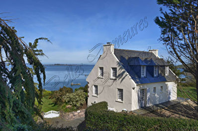 TEXT_PHOTO 2 - A breathtaking sea view with direct sea access for sale Paimpol Cotes d'Armor